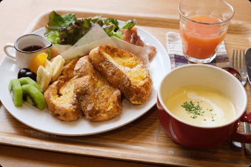 フレンチトースト・サラダ